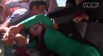誘拐婚 キルギス 風習 女性宅 大勢で押しかける 老女が説得 両親の恥になる 女性の地位.jpg